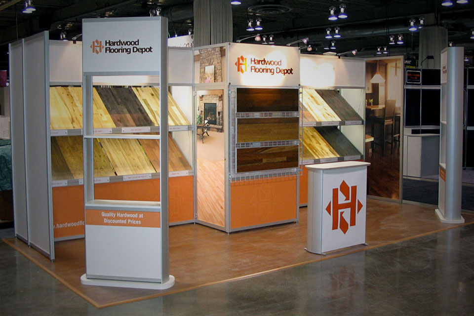 Linear Exhibits